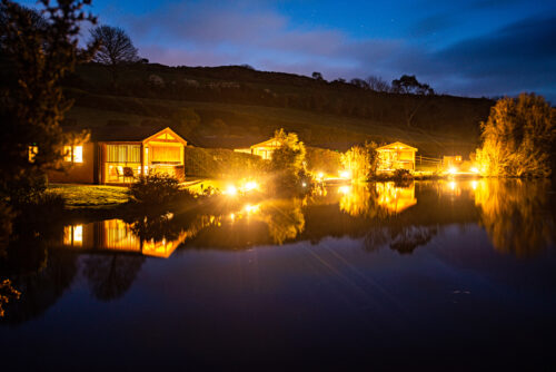 Nanpusker Lakeside Lodges evening