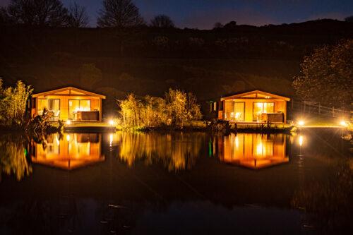 Evening on Leo's lake fishing lodges